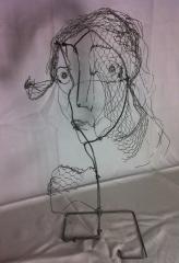 femme fleur.jpg